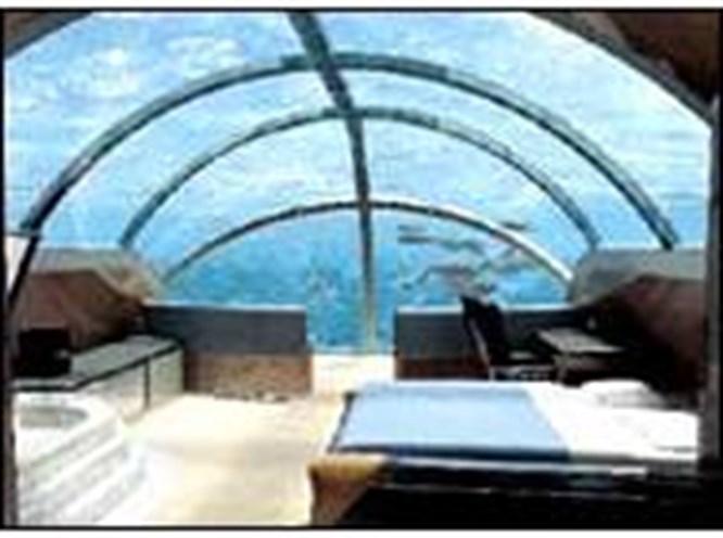 Deniz dibinde 5 yıldızlı otel